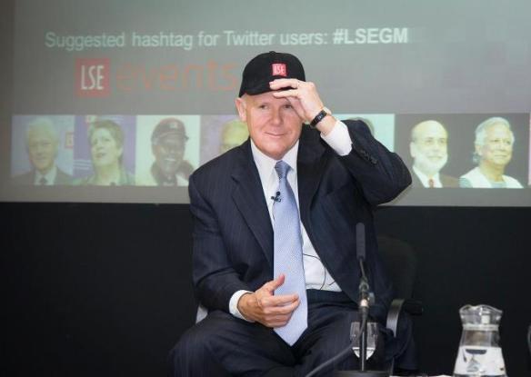 Dan Akerson wearing the LSE cap at the talk